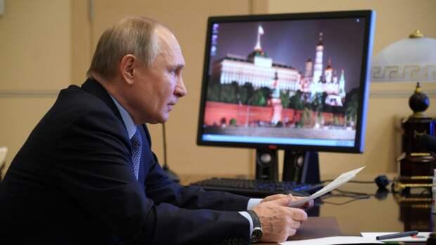 Путин сказал, что замечает попытки разрушить отношения России и Китая