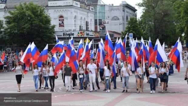 Погребинский: Украина надеется на ослабление России, чтобы забрать Крым и Донбасс
