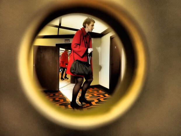 Не открывать дверь свекрови?