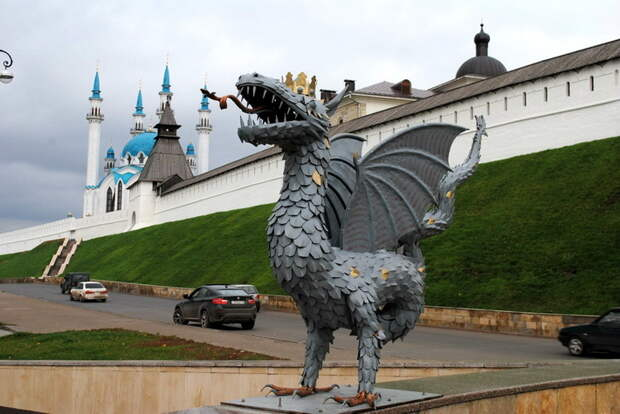 Kazan: curious architectural cocktail