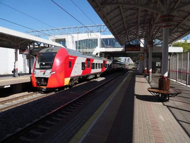 График движения поездов до «Трикотажной» изменится в конце июля