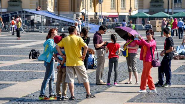 Петербург попал в рейтинг самых популярных городов РФ для отдыха женщин с детьми