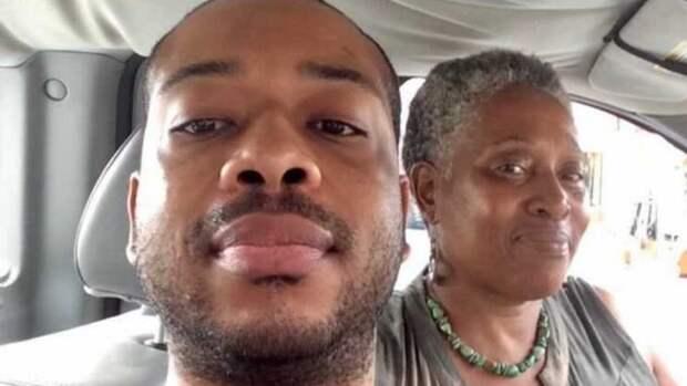 Полиция США убила афроамериканца, который поддерживал полицию США