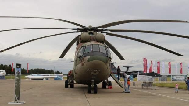 Пилоты ЦВО поздравят ветеранов с Днем Победы с вертолета Ми-26 над Екатеринбургом