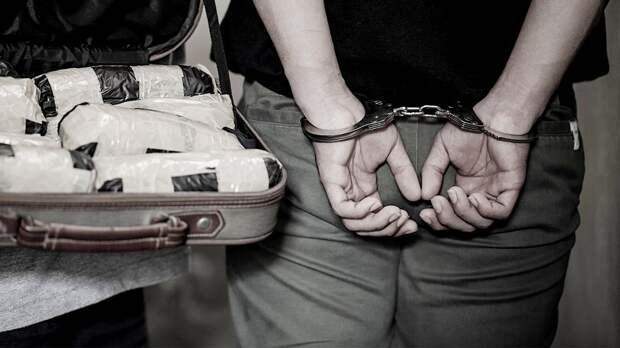 Испанские полицейские изъяли 3 млн доз допинга. А говорят, что самые масштабные проблемы с «запрещенкой» в России