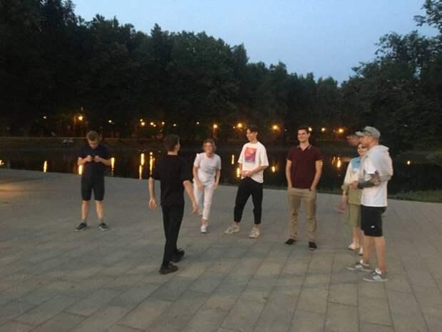 Танцевальные мастер-классы проходят в парке у Головинских прудов