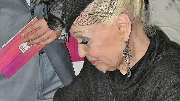 80-летнюю Светлану Светличную посещают мысли о смерти после недавней госпитализации