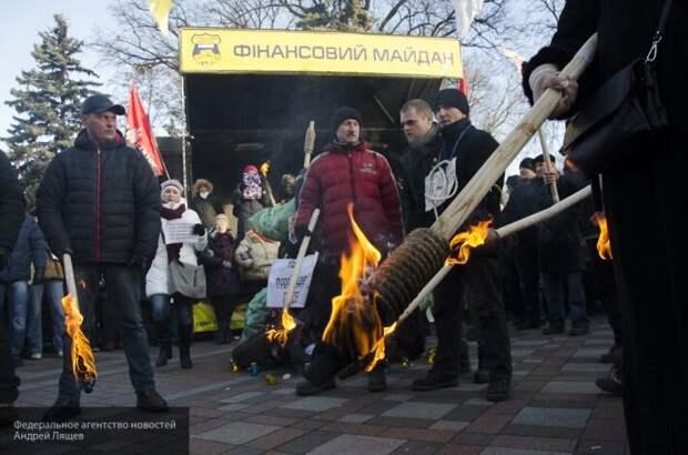 Карасев пояснил, почему приехавшие из Европы украинцы могут устроить майдан