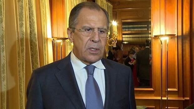 Глава МИД России пригласил армянского коллегу в Москву
