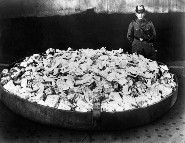 Исторические снимки Германии во времена гиперинфляции в начале 1920-х