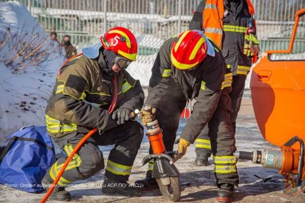 Бдительные соседи не дали разгореться пожару в доме на Лодочной