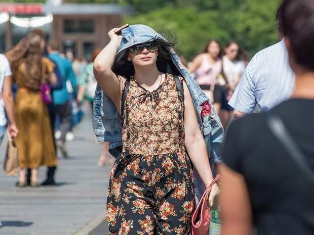 Москвичам во вторник пообещали жару до 32 градусов