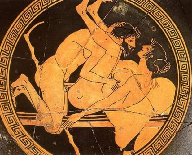 Любовная сцена, изображена на греческом блюде. | Фото: imagefap.com.