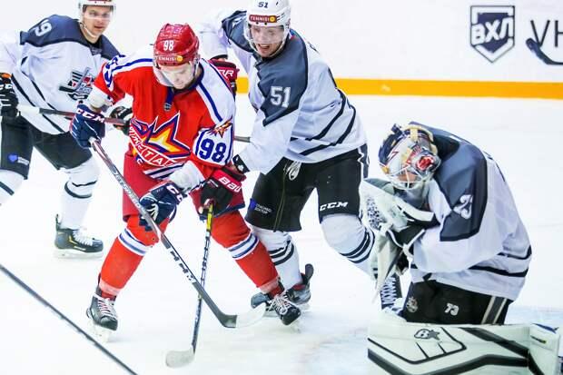 Хоккеисты «Ижстали» уступили на своем льду тюменскому «Рубину»
