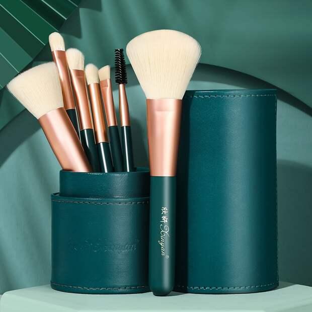 Красотка на все 100%: 9 бюджетных beauty-товаров с Aliexpress, которые стоят менее 500 рублей