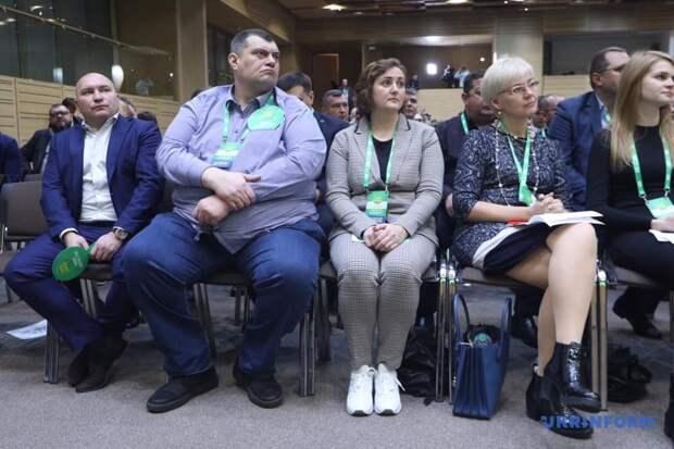 Украина-2020: борьба за вертикали власти и влияния
