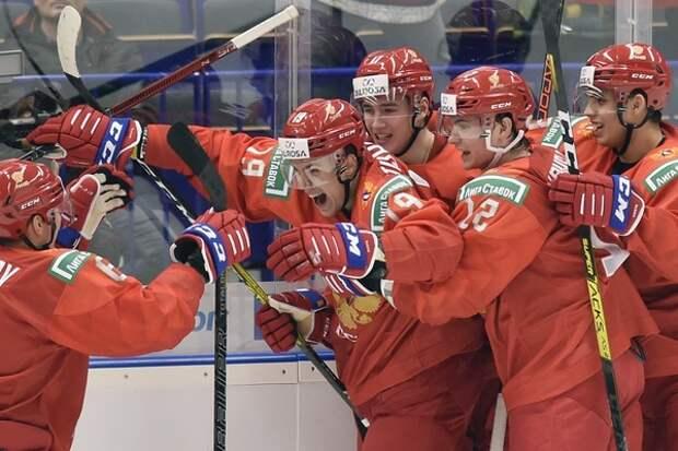 Молодежная хоккейная сборная вышла в четвертьфинал: или за медали, или ничего