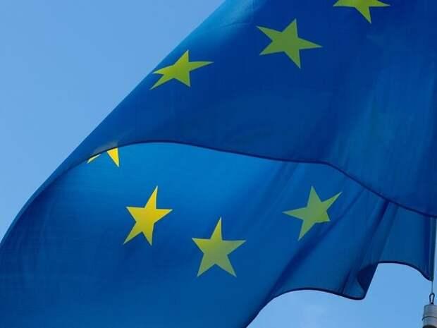 Глава Еврокомиссии призвала ввести санкции из-за инцидента с самолетом в Минске