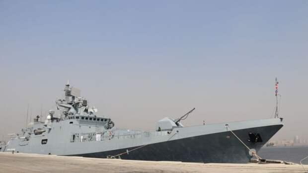 Корабли ВМФ РФ отработали поиск и уничтожение подводной лодки в Черном море