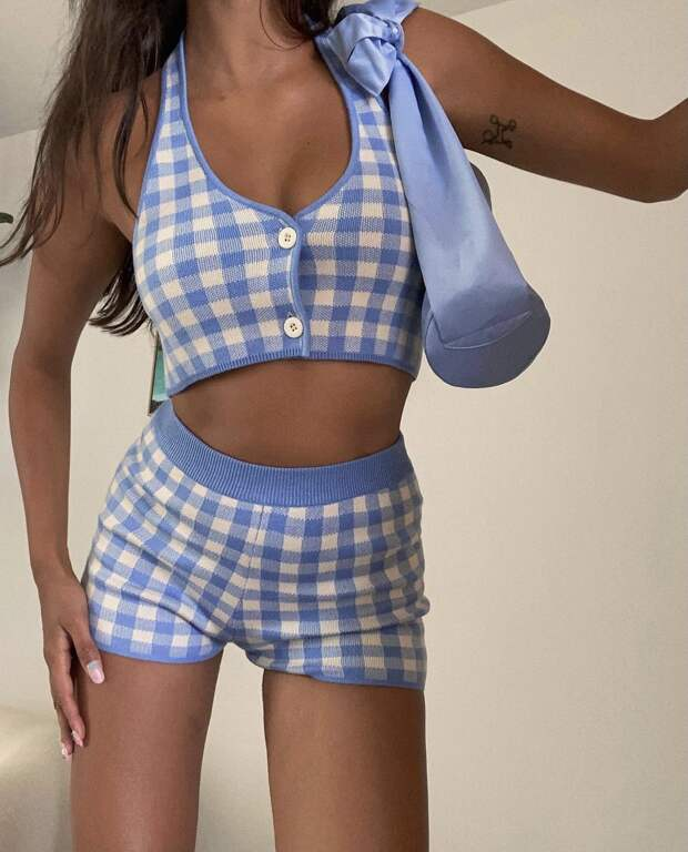Как носить модные трикотажные шорты летом? Мастер-класс от Жизель Оливейры