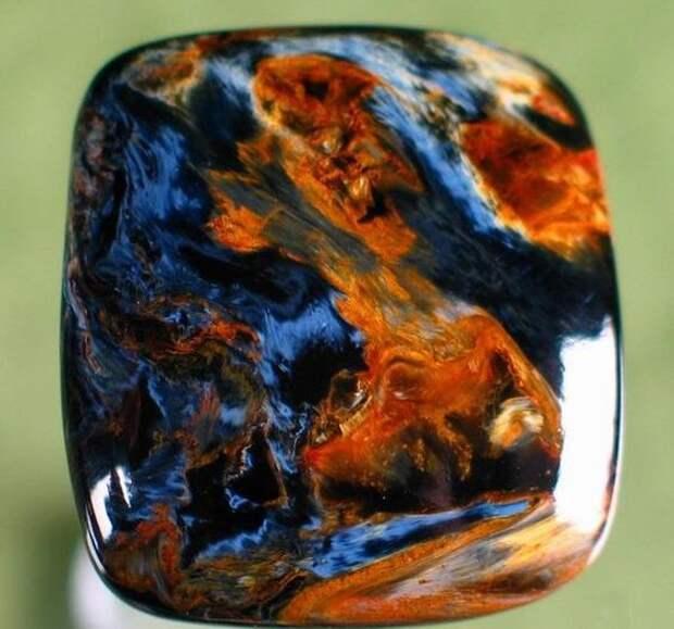 «Возможно, самый красивый из минералов…»