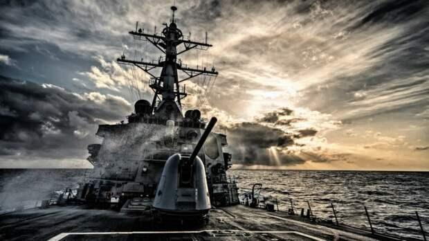 Как ВМС США «защищают» Персидский залив у берегов Китая
