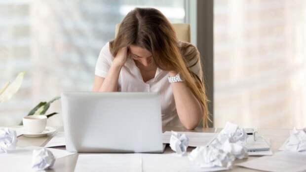 Названы самые популярные причины головной боли по утрам