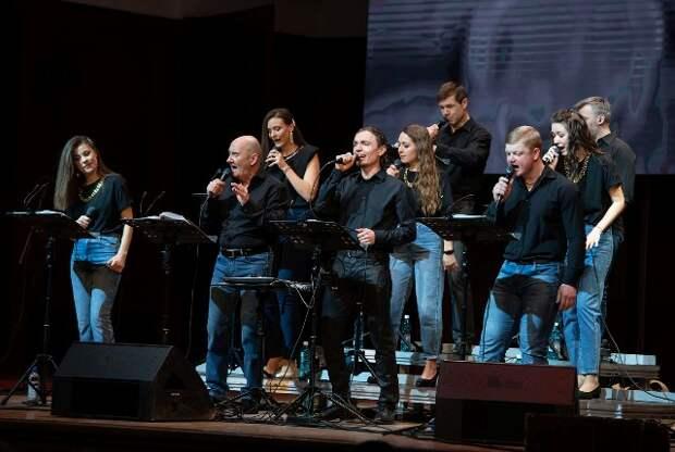 Рок-опера Элтона Джона прозвучит в Новосибирской филармонии