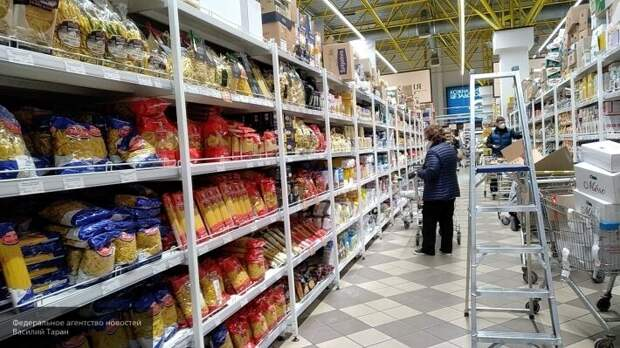 Будни украинца в Киеве: как Кличко боролся с коронавирусом и «тормозил» цены на продукты