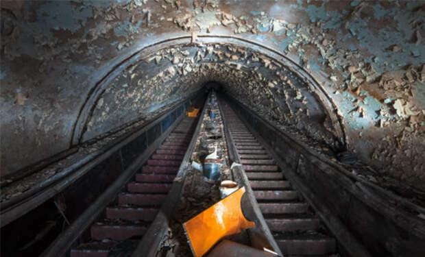 Необъяснимые находки метростроевцев: под землей нашли целый дом