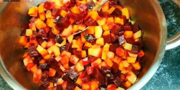 Подруга украинка научила меня варить овощи для салата всего за 5 минут: никакой микроволновки (делюсь)