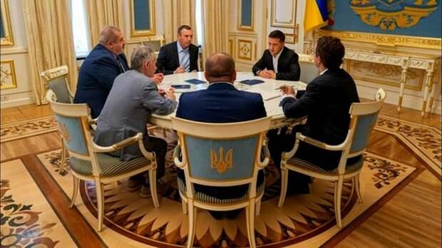 Зеленский обсудил с меджлисовцами изгнание русских из Крыма