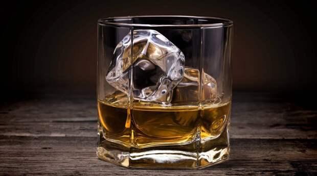 Нарколог рассказал о самом вредном способе пить алкоголь