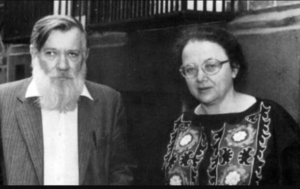 Мария Розанова и Андрей Синявский. / Фото: www.odessa1.com