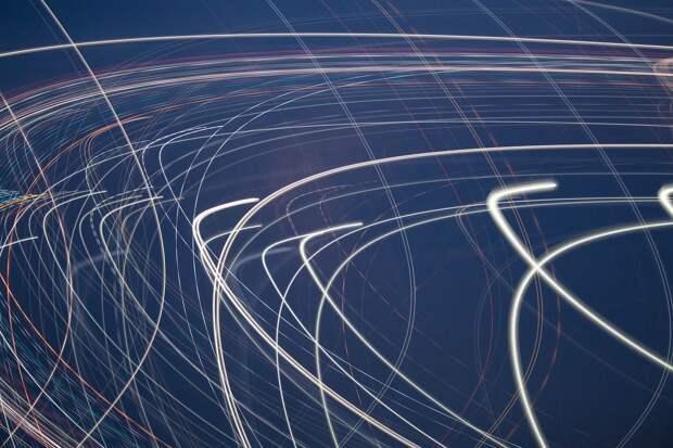Американские ученые смогли превысить скорость света