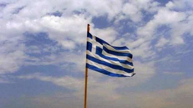 Греция продлила ограничение на въезд до четырех тысяч россиян в неделю