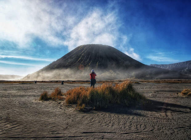 In front of Mount Batok by Yupri  on 500px.com