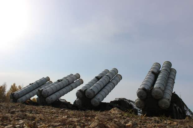 Расчеты комплексов С-300 «Фаворит» ВВО отразили удар условного противника в Забайкальском крае