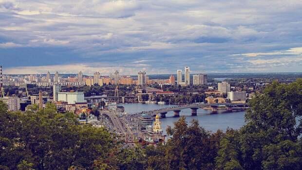 Украинцы осудили хулиганскую выходку подростка, оскорбившего ветерана