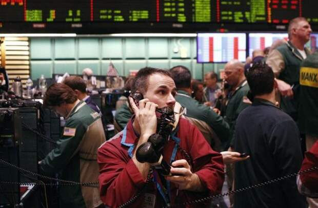 Рынок нефти подбодрили данные Минэнерго США по запасам