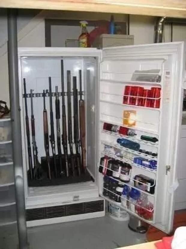 Хранение в старом холодильнике (подборка)