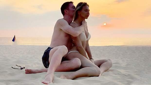 «Мы сразу обратили друг на друга внимание». Жена защитника сборной России Семенова рассказала их историю знакомства