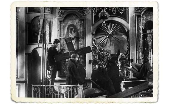 Перестройка церкви под общежитие. Коллаж © L!FE. Фото: © expo.pravoslavie.ru