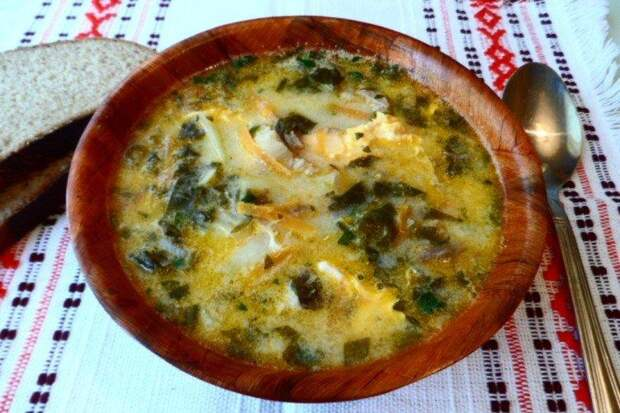 Щавелевый суп с сыром