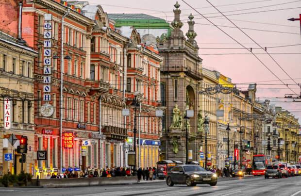 На Невском в Питере вакантны 15% коммерческих помещений