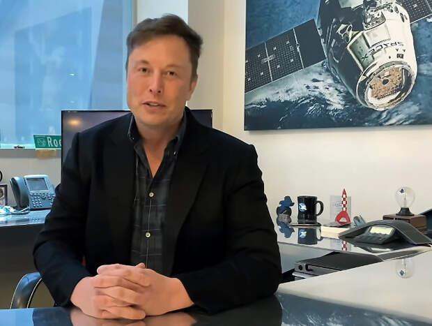 Как Илон Маск, Канье Уэст и другие звезды «обманули» подписчиков