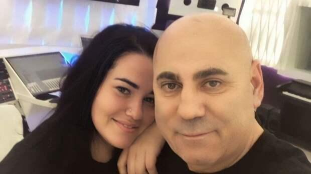 «Мыбудем бороться!»— суд выписал изквартиры детей иэкс-супругу Пригожина