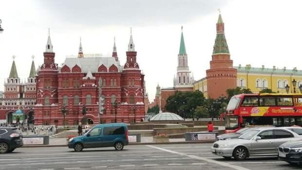"""В Кремле выразили несогласие с заявлением Зюганова о """"манипуляциях"""" на выборах"""