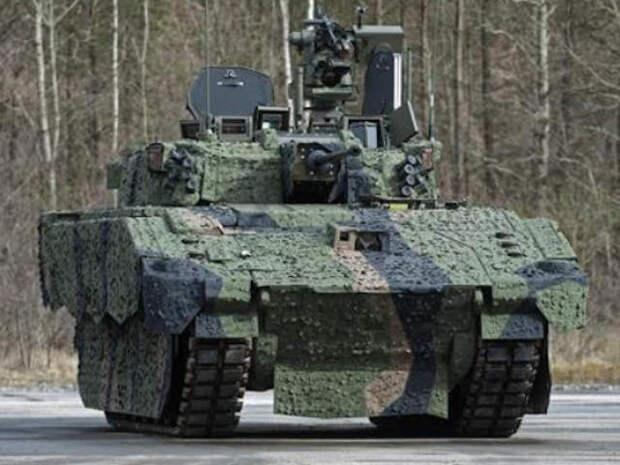 Новый британский танк Ajax калечит свой экипаж