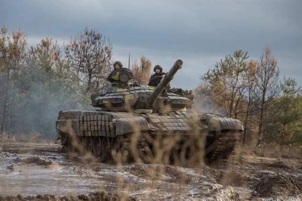 ВСУ отрабатывают танковые маневры на луганском направлении